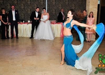 Dansatoare orientala nunta